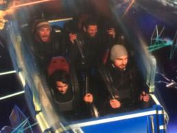 Nicht nur das Intervall-Training kann intensiv sein. Im Disneyland Paris hat die Achterbahn Hyperspace Mountain meine Nerven dezent strapaziert.