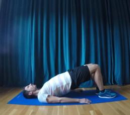 Diese Übung hilft beim Läuferknie