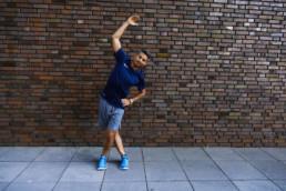 Dehnübung für das Iliotibialband | RunnersFinest.de