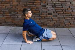 Dehnübung für die Schienbeine | RunnersFinest.de
