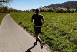 Schrittfrequenz beim Laufen