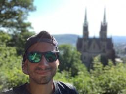 Selfie vor der Apollinariskirche in Remagen