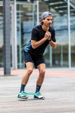 Hüfttraining für Läufer: Monstergang in Bewegung
